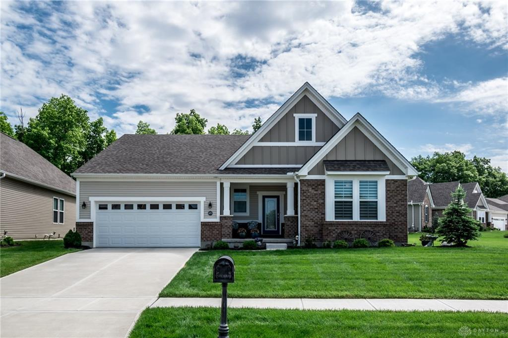 6178 Old Forest Dr Hamilton Township, OH