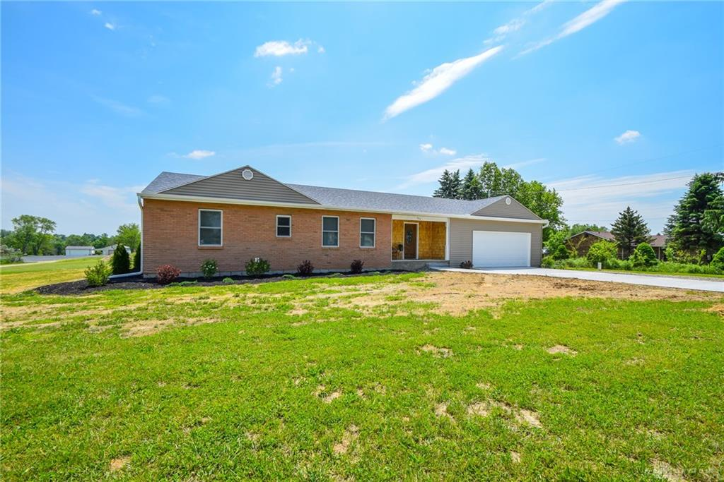 Photo 2 for 782 Bischoff Rd New Carlisle, OH 45344
