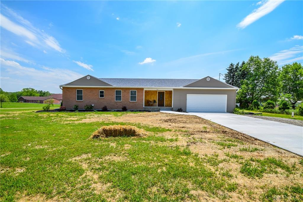 Photo 3 for 782 Bischoff Rd New Carlisle, OH 45344