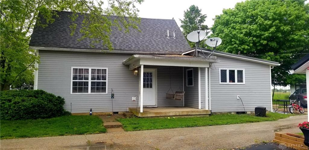 Photo 3 for 310 N East St West Manchester, OH 45382