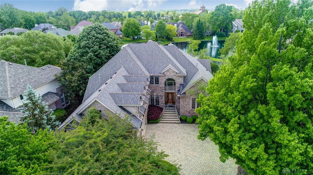 5710 Stone Lake Dr Centerville, OH