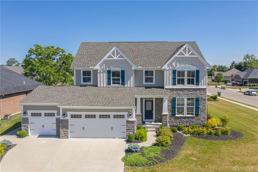 1217 Red Maple Dr Troy, OH