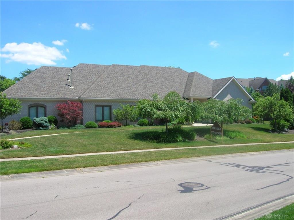 1078 Paxon Dr Sugarcreek Township, OH