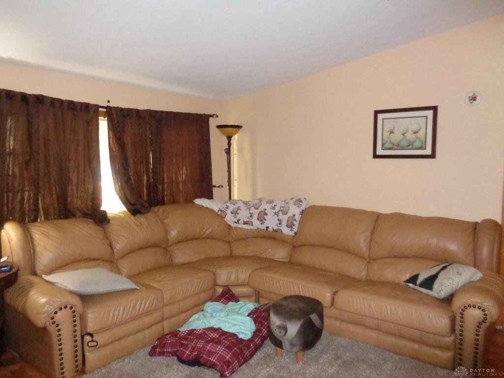 Photo 3 for 518 Cardinal Hill Dr New Paris, OH 45347