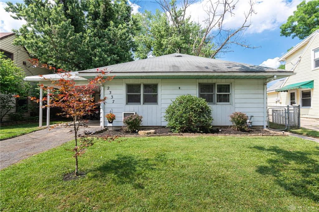 Photo 2 for 2337 Ned Dr Moraine, OH 45439