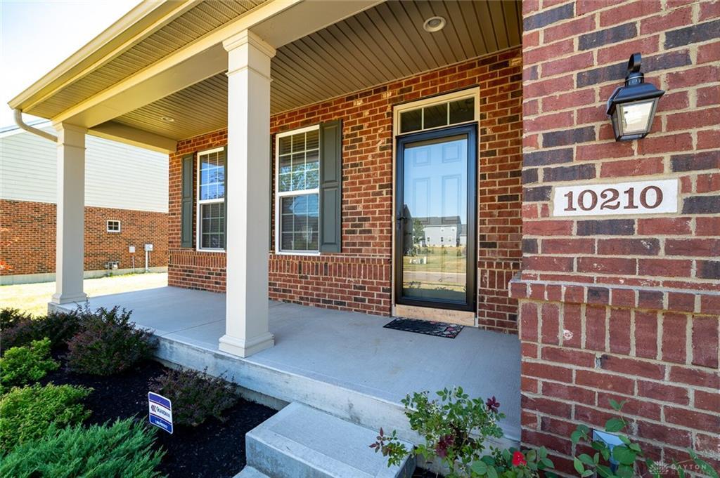 Photo 2 for 10210 Morgan Grey Ct Washington Township, OH 45458
