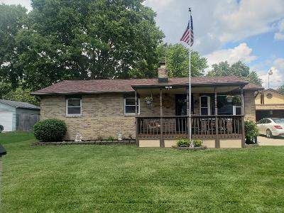 440 Rosewood Rd Crystal Lakes, OH