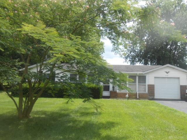 3735 Shawnee Trl New Jasper, OH
