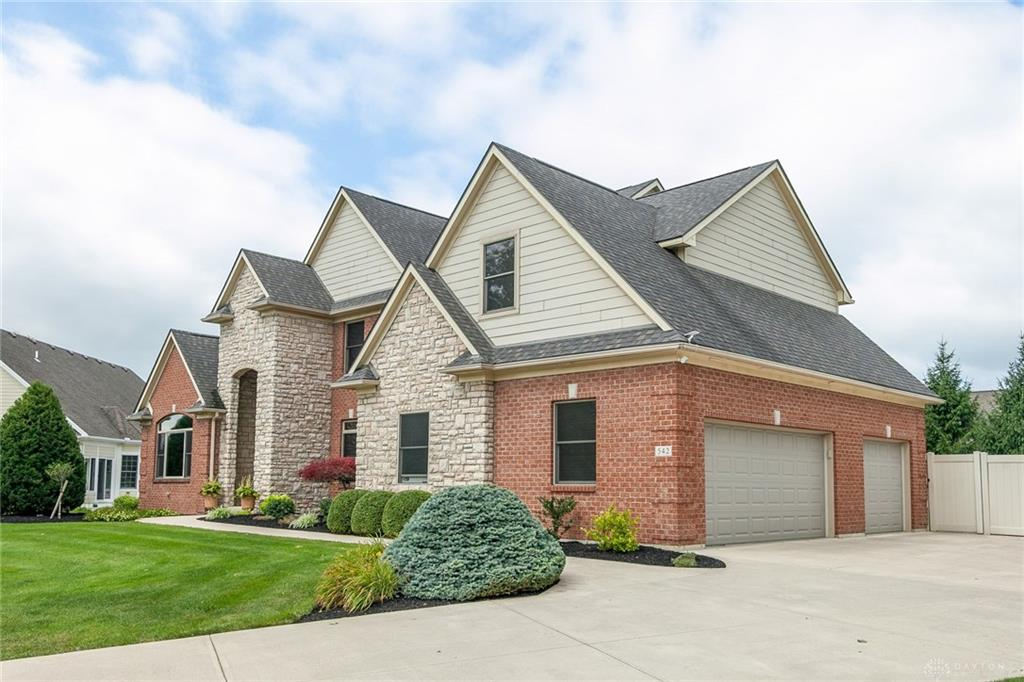 Photo 3 for 542 Acadia Ct Troy, OH 45373