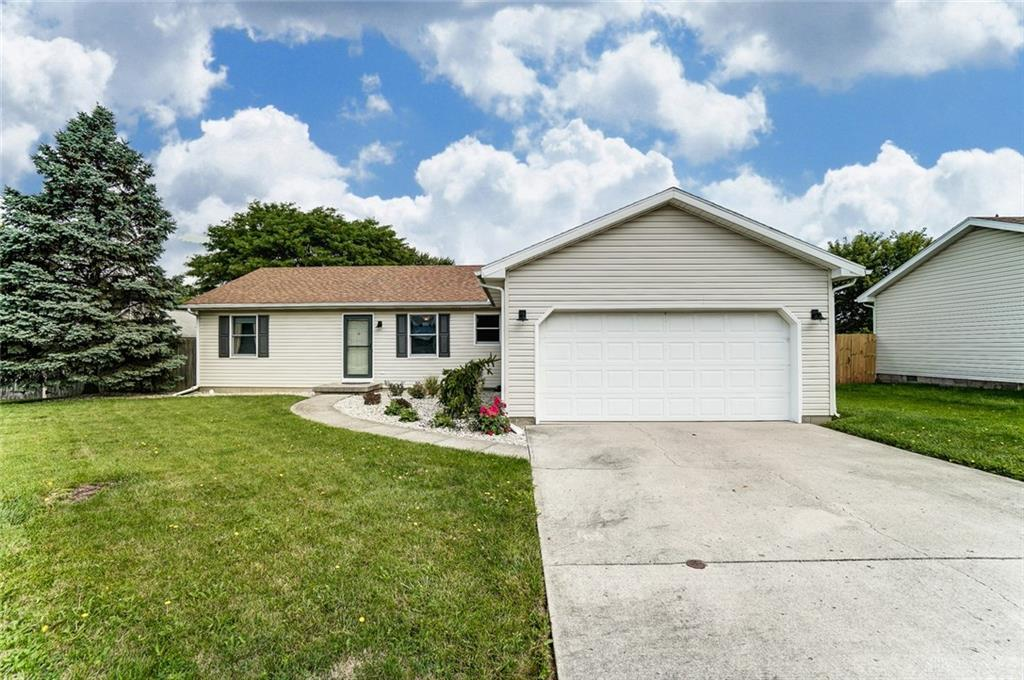 Photo 2 for 3500 Redbud Dr Troy, OH 45373