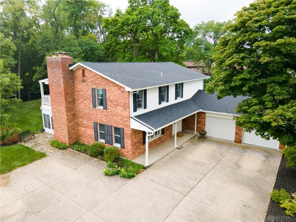 2002 Belvo Rd Miamisburg, OH