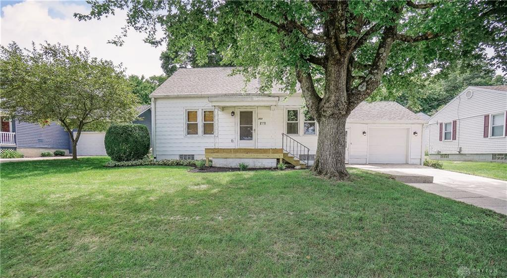 303 Wade St Spring Valley Vlg, OH