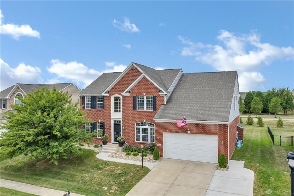 9395 Oak Brook Dr Clearcreek Township, OH