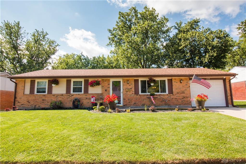 Photo 1 for 250 Grantwood Dr West Carrollton, OH 45449