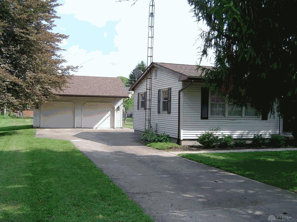 135 Palmer Dr Cedarville Vlg, OH