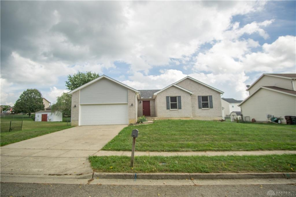 2691 Tennessee Dr Xenia, OH