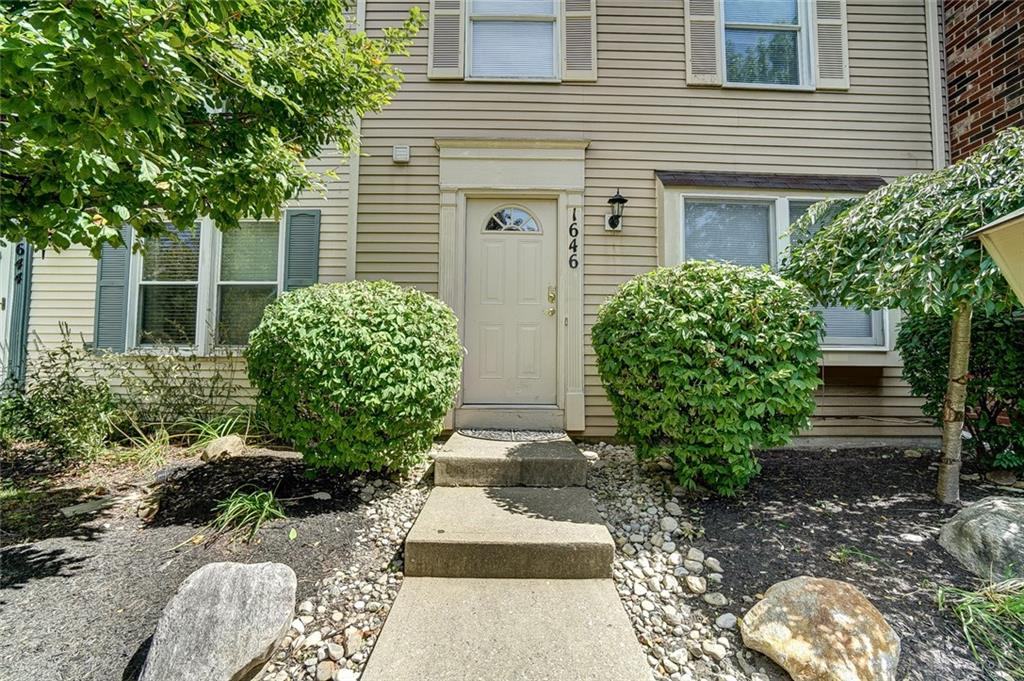Photo 2 for 1646 Longbow Ln West Carrollton, OH 45449