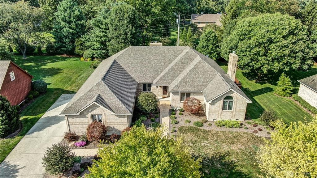 2131 Canterbury Ct Troy, OH