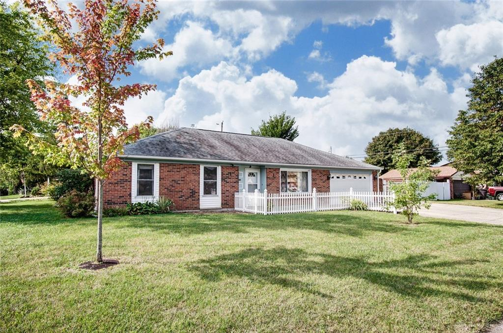 Photo 2 for 230 Lake Forest Dr West Carrollton, OH 45449