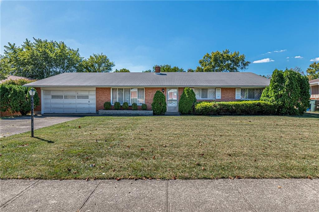 Photo 1 for 2713 Greenbrier Dr Dayton, OH 45406
