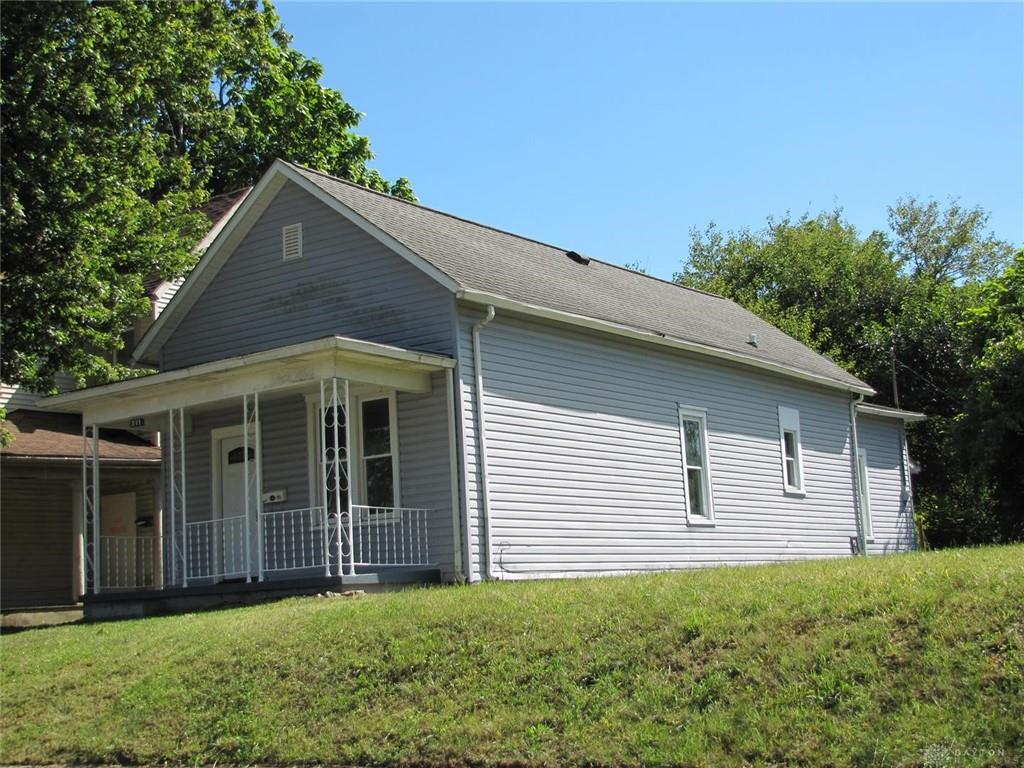 Photo 1 for 511 Rice St Springfield, OH 45505