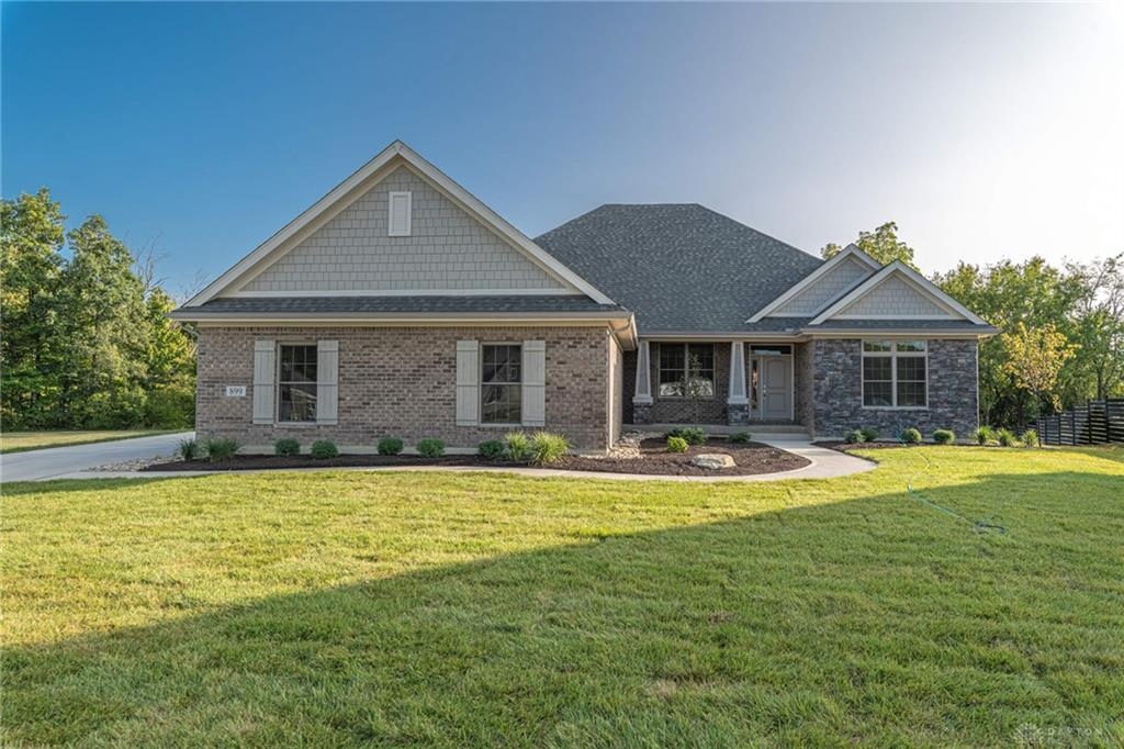 899 Creekview Dr Waynesville, OH