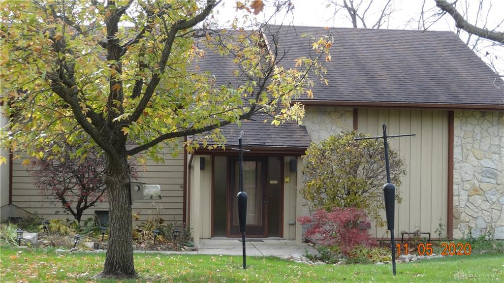 Photo 2 for 5150 Pebble Brook Dr Clayton, OH 45322