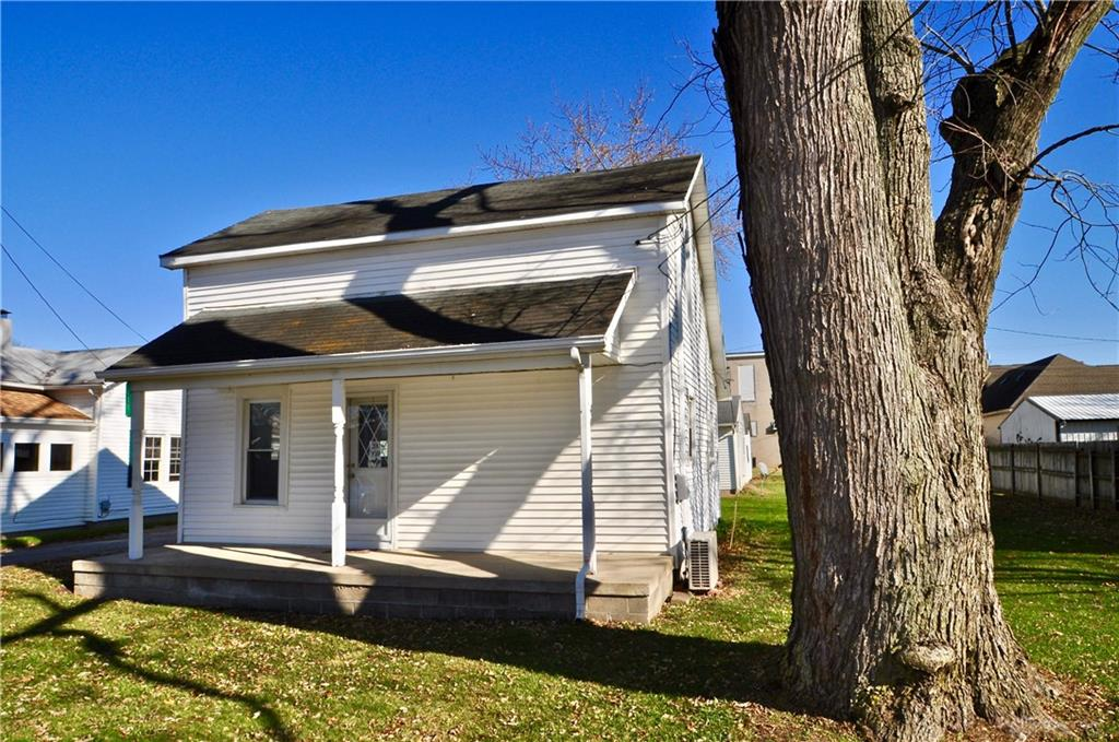 Photo 1 for 119 Lumber St Pitsburg, OH 45304