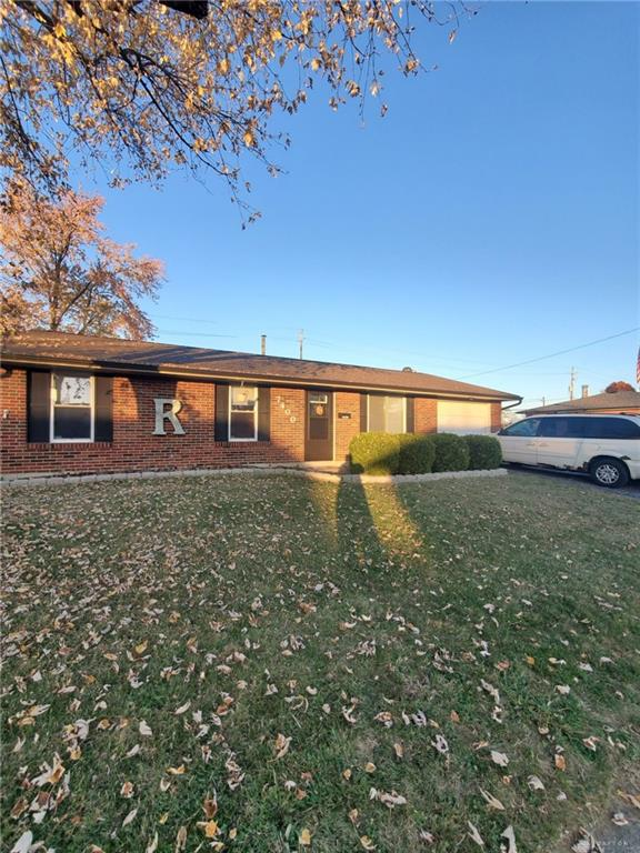 7400 Chatlake Dr Huber Heights, OH