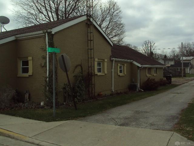 Photo 3 for 610 Pearl Ithaca, OH 45304