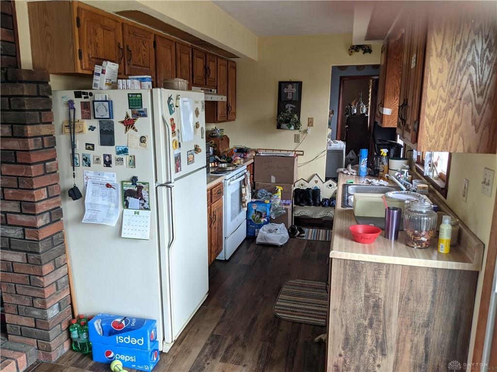 Photo 3 for 3907 Palestine Hollansburg Rd New Madison, OH 45346