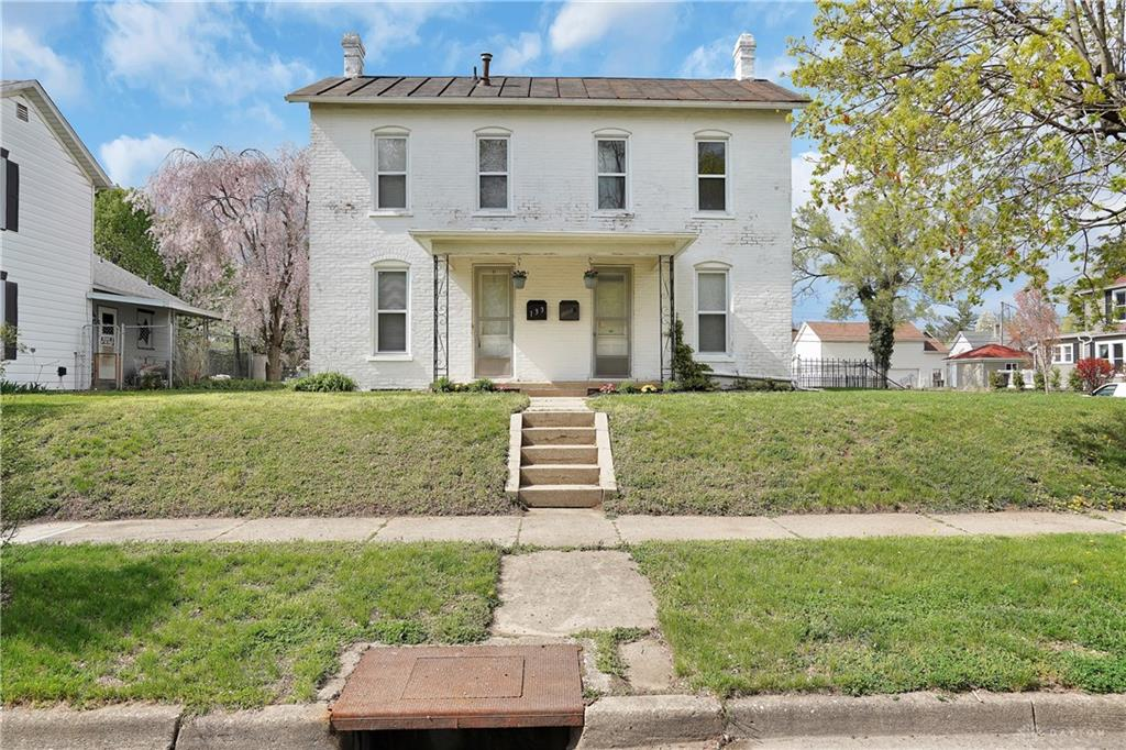 133 E Main St West Carrollton, OH