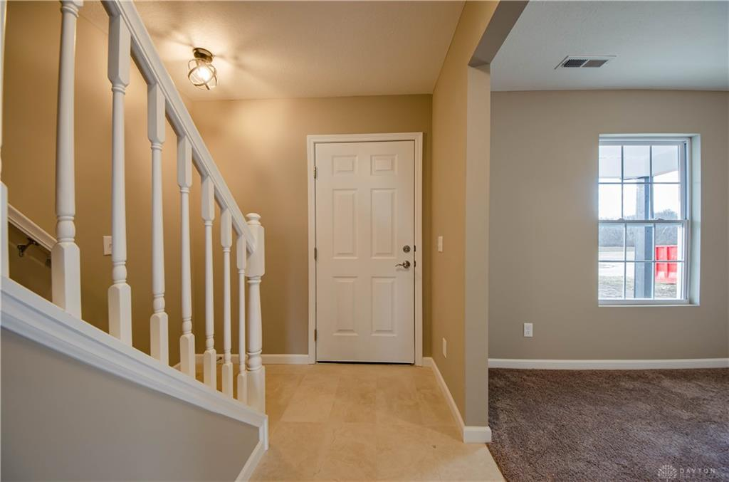 Photo 2 for 72 Pebble Stone Ln Clarksville, OH 45113