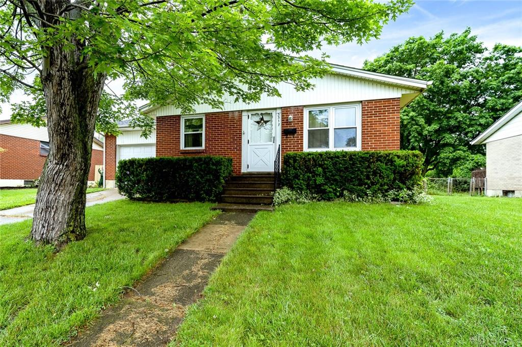Photo 2 for 3317 Sheffield Rd West Carrollton, OH 45449