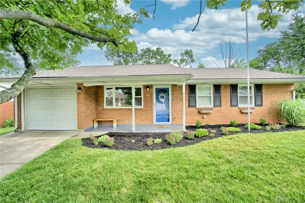 2873 Silvercliff Dr Miami Township, OH