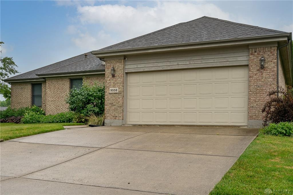 9558 Country Path Trl Miamisburg, OH