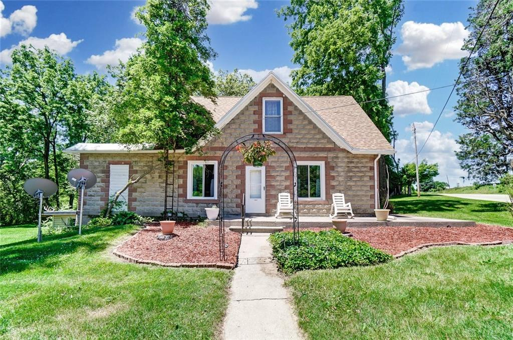 10254 W State Route 571 Ludlow Falls, OH