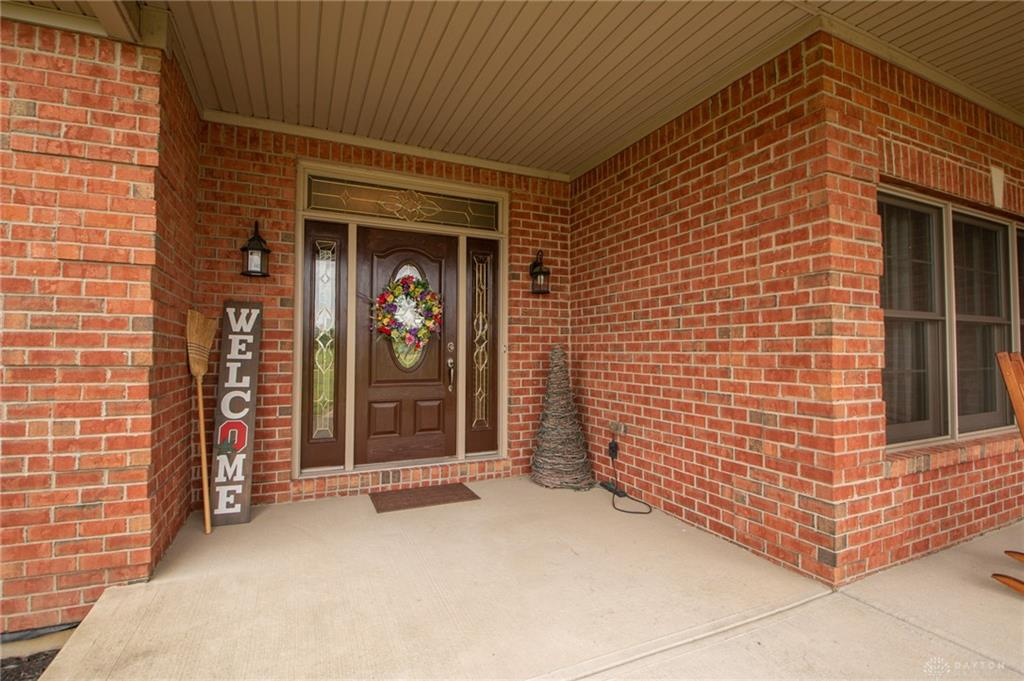 Photo 3 for 844 Knollhaven Rd New Jasper, OH 45385
