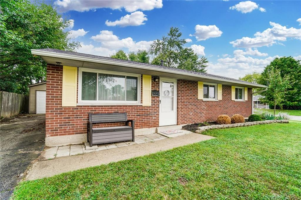Photo 3 for 302 Savoy Ave West Carrollton, OH 45449