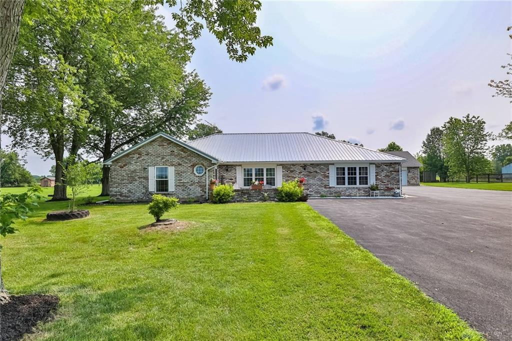 2073 Mccue Rd Laura, OH