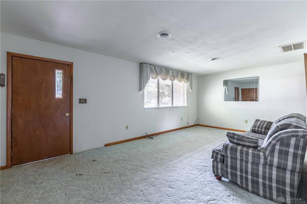 Photo 3 for 2506 Rossini Rd West Carrollton, OH 45449