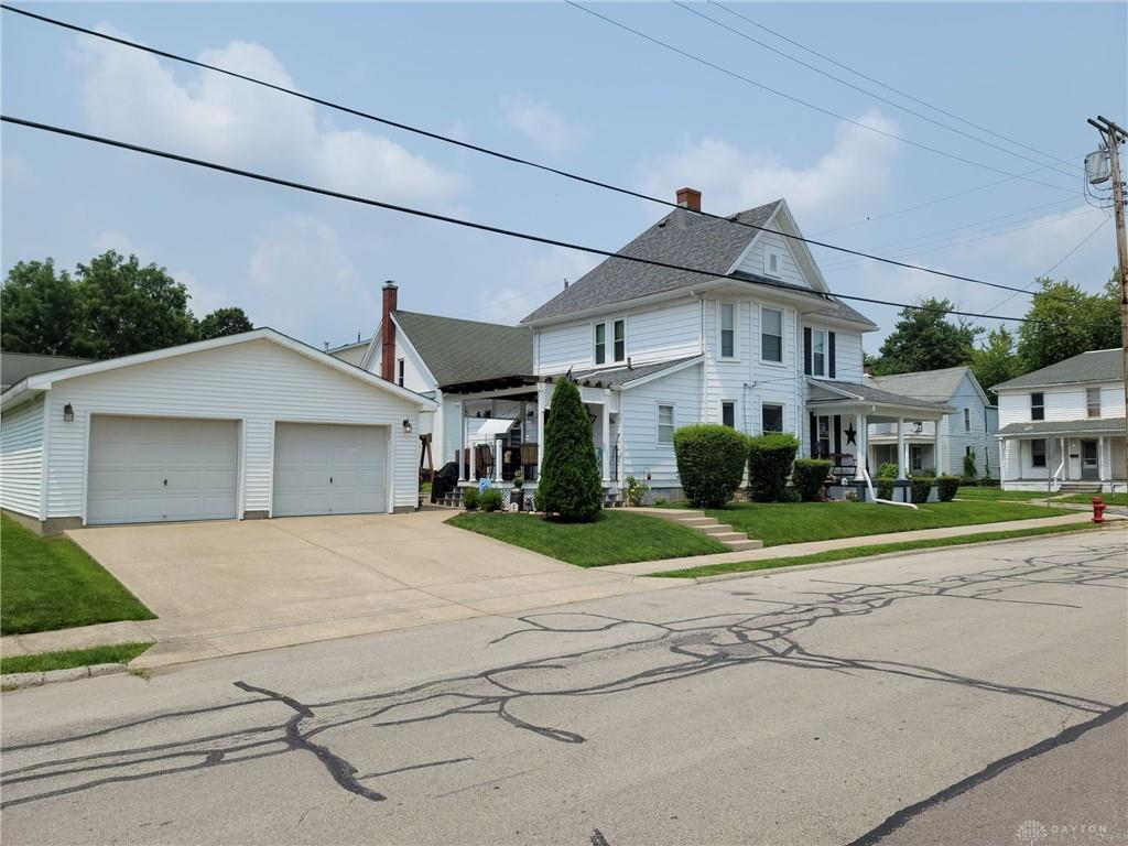 Photo 2 for 108 Fulton St Wilmington, OH 45177