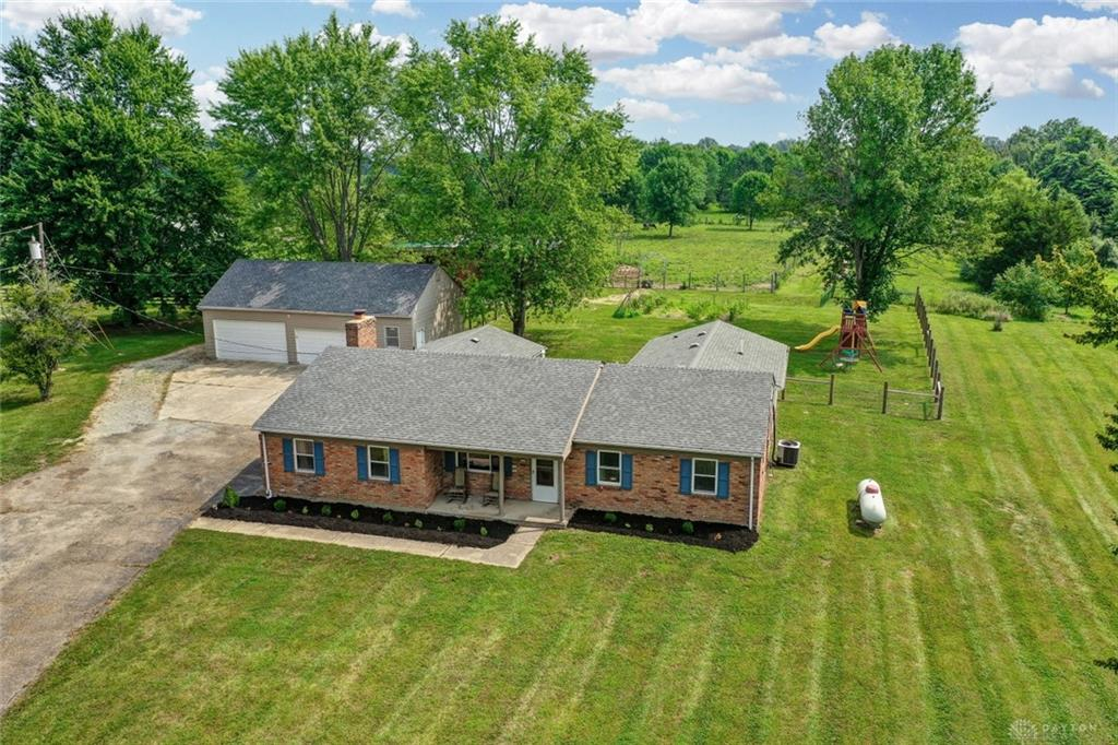8888 Bindley Mounts Rd Blanchester, OH