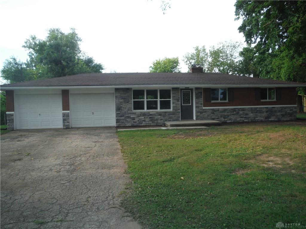 Photo 2 for 3738 Cloverdale Rd Medway, OH 45341