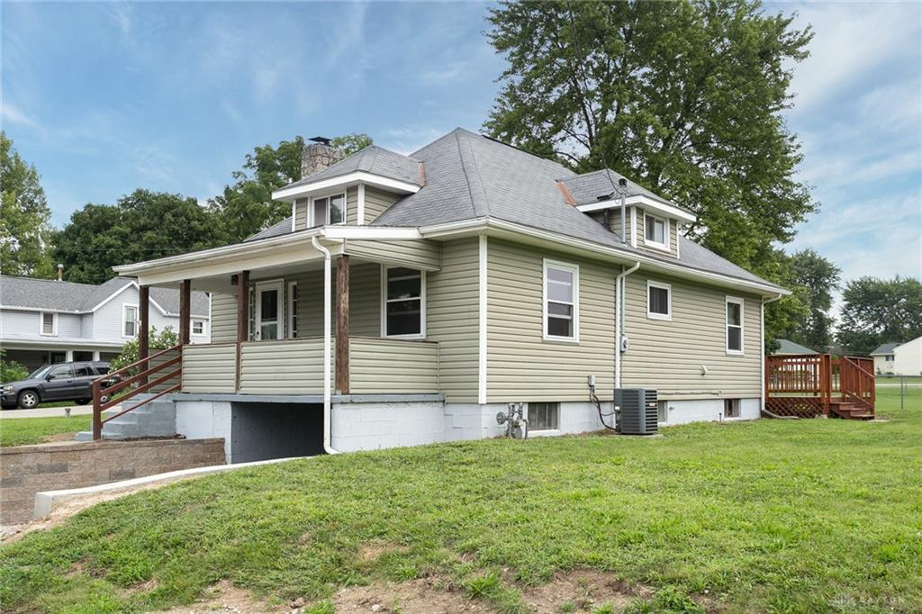 Photo 2 for 20 N Harrison Rd Donnelsville, OH 45319