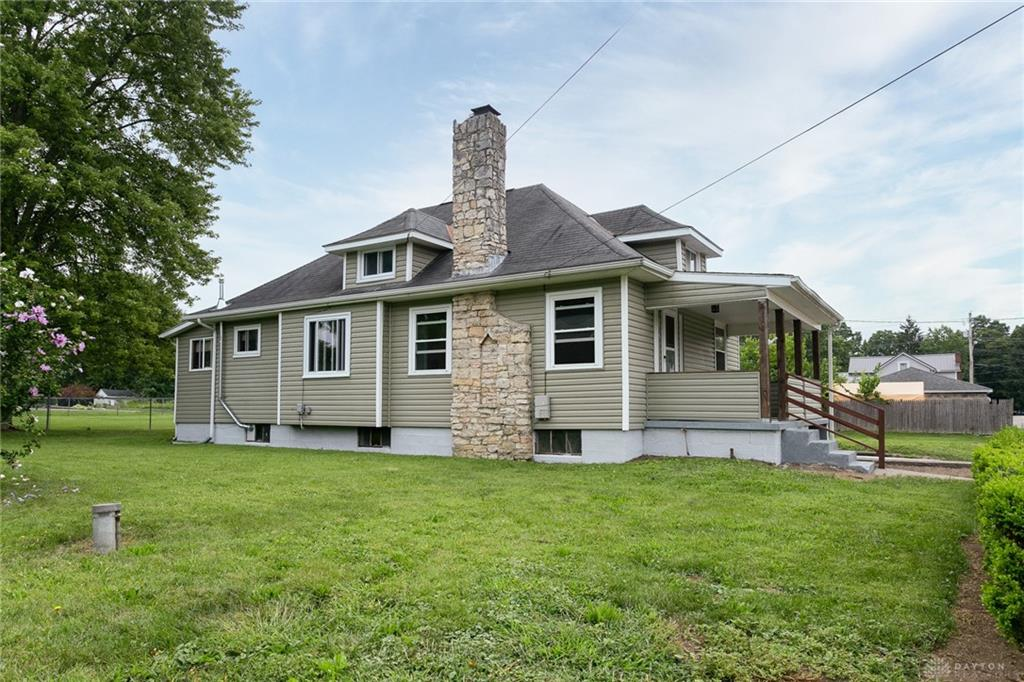 Photo 3 for 20 N Harrison Rd Donnelsville, OH 45319
