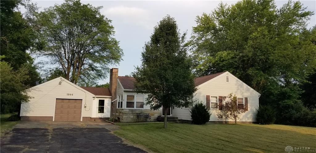 1844 S Union Rd Medway, OH