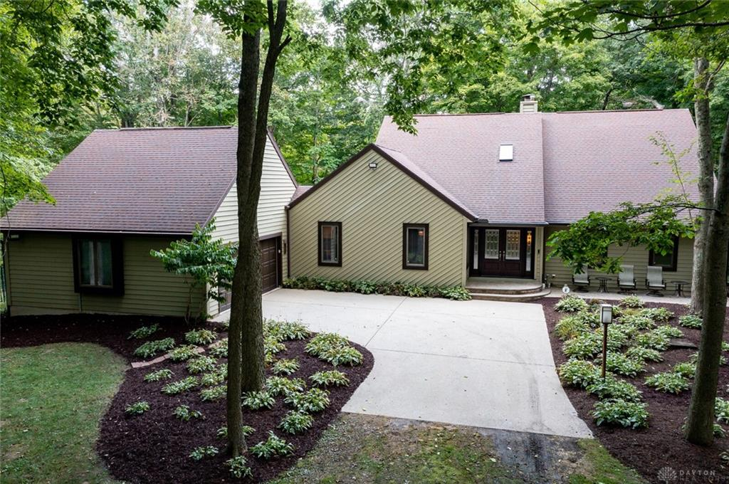 2350 Spahr Rd Spring Valley, OH