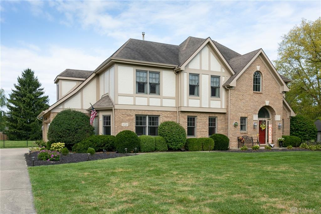 Photo 2 for 1020 N Sunset Dr Piqua, OH 45356