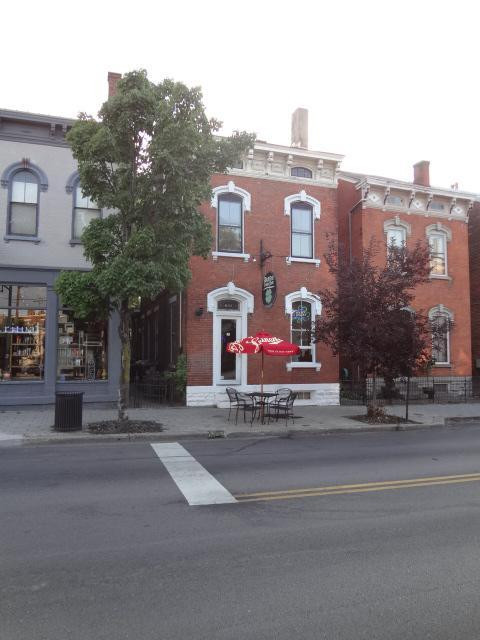 real estate photo 1 for 641 Main St Covington, KY 41011